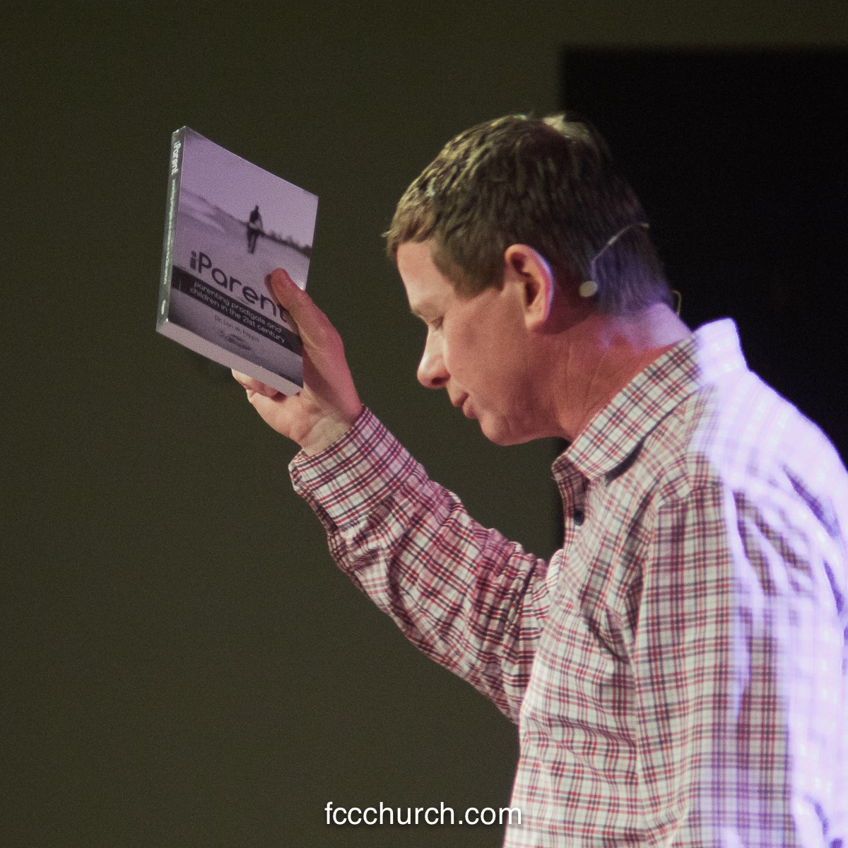 Dr. Lon W. Flippo preaching at Family Community Church, San Jose, California.